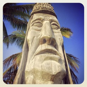 Peter Wolf Toth's Whispering Giant, photographed by Andy Royston / FtLauderdaleSun.
