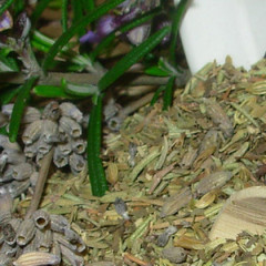 Keep Dried Herbs and Spices Potent