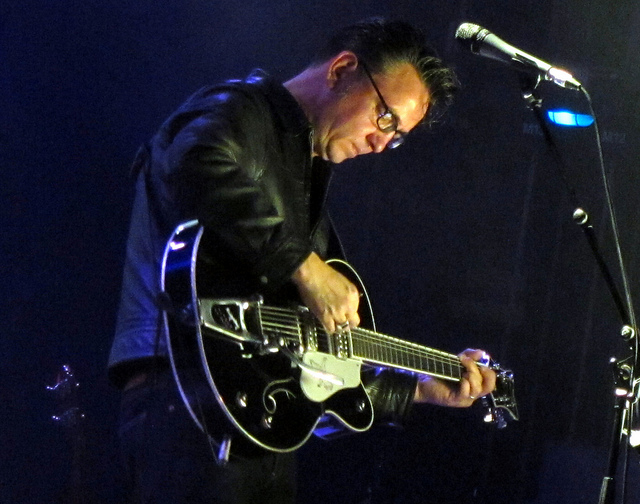Richard Hawley by Eddie Janssens. Richard Hawley in de AB, Brussels 2012.