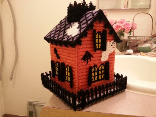 make a haunted house kleenex box cover with plastic canvas