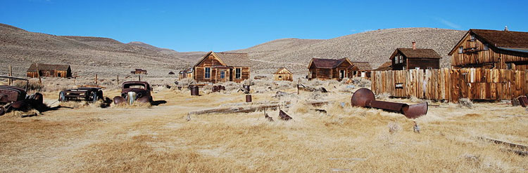 By Mispahn from Hamburg, Germany (Bodie Ghost town / Mono Lake, November 2009)